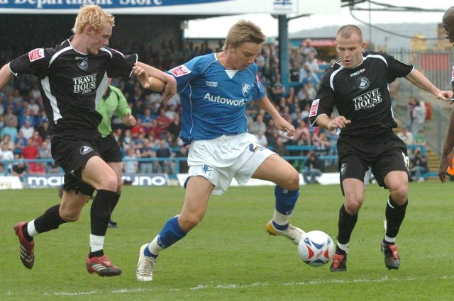 Jamie O'Hara playing for Chesterfield against Swansea City while on loan from Spurs.