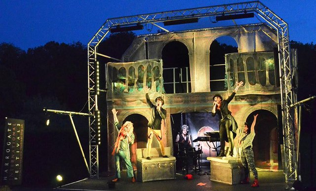 Oddsocks Theatre Company's production of Twelfth Night