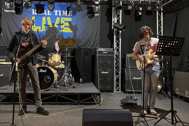 Students playing at Real Time Live.