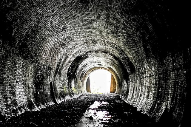 One of the stunning images taken by an urban explorer inside Chesterfield Tunnel.