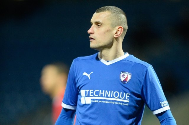 Hayd Hollis has signed a new contract at Chesterfield.