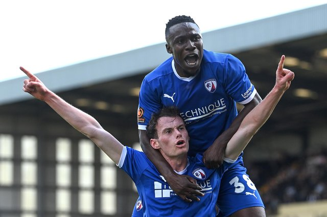 Liam Mandeville has signed a new contract at Chesterfield.
