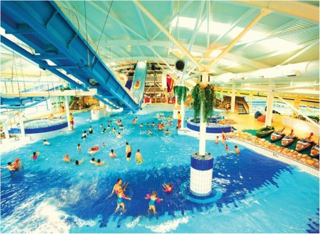 Butlin's has extended the closure of its resorts again.