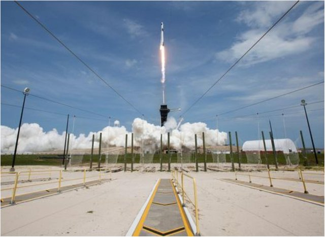 SpaceX is launching another rocket tonight.