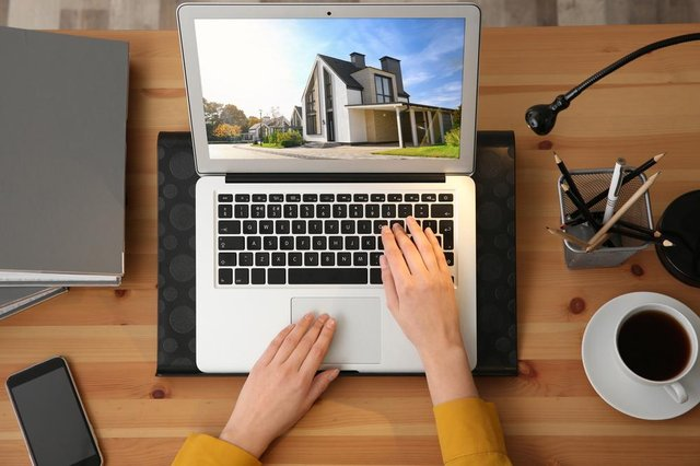 Offering virtual viewings can increase your property selling price, new research suggests.