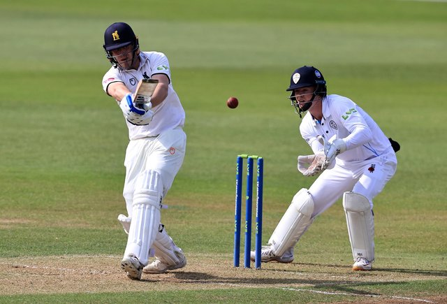 Mike Burgess pulls the ball to the boundary. (Photo by David Rogers/Getty Images)