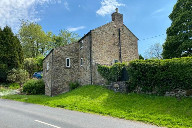 The three/four-bedroom detached cottage enjoys an elevated position, just a short distance from the centre of Wirksworth in this historical location of Wash Green.