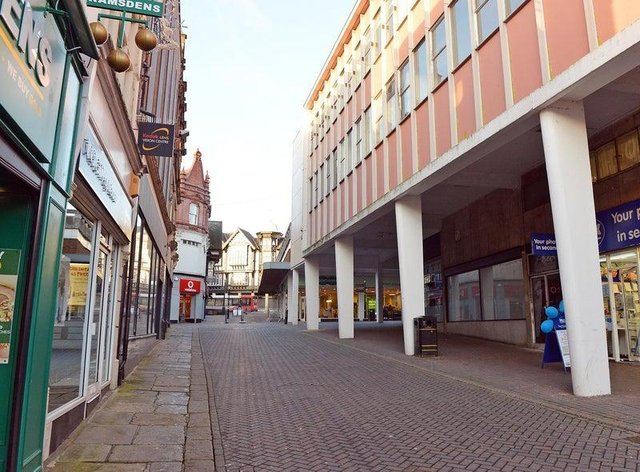 Businesses in Chesterfield could receive unannounced spot checks from council officials to check they are Covid-19 secure.
