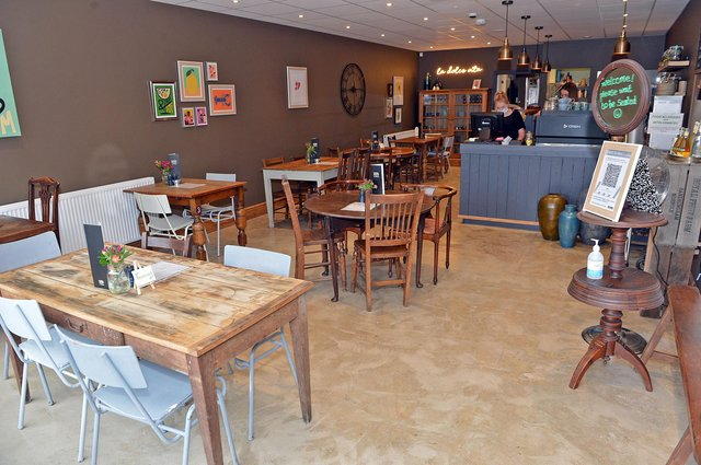 First look at Figaro a New vegetarian restaurant opened up in Wingerworth.