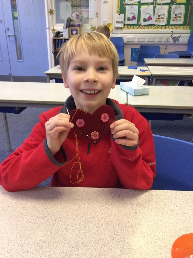 Pupils at Hasland Junior School have made fabric hearts for patients and families cared for by Ashgate Hospicecare.
