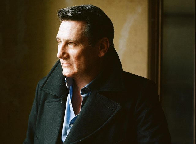 Tony Hadley will be performing live in celebration of his 40th anniversary in the music biz.