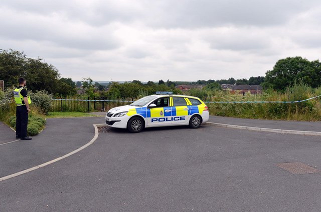Police in Shirebrook. Pictures by Brian Eyre.