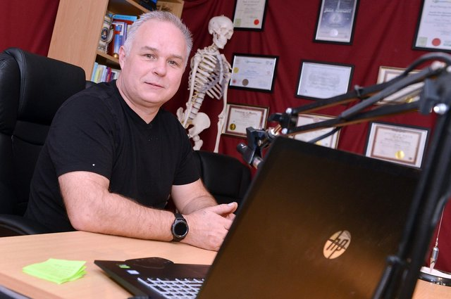 Martin Rothery the Chesterfield dream guru. Martin is the creator of Sanomentology a therapeutic process that uses the power of dreams to resolve issues and problems such as PTSD and anxiety