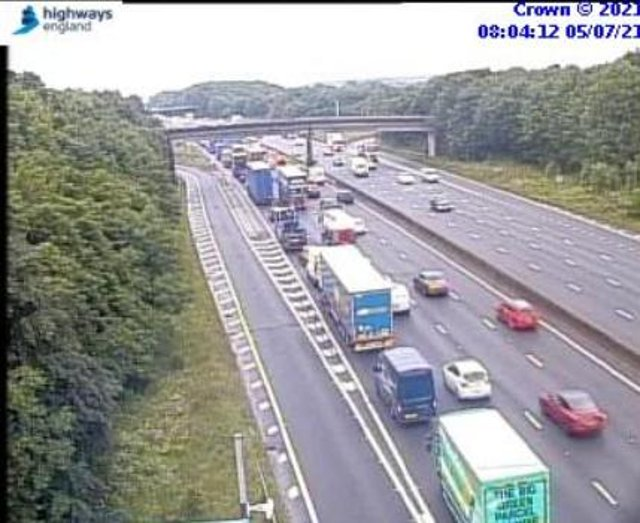 Traffic pictured earlier on the M1 southbound as a result of the van fire (Picture: Traffic England)